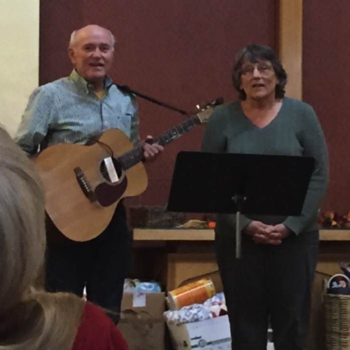 Pam and Fred sing a duet